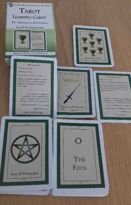 Review – Tarot Learning Cards